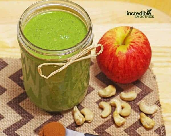 Apple Pie Green Smoothie Recipe
