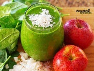 Apple-Coconut Weight Loss Booster Green Smoothie