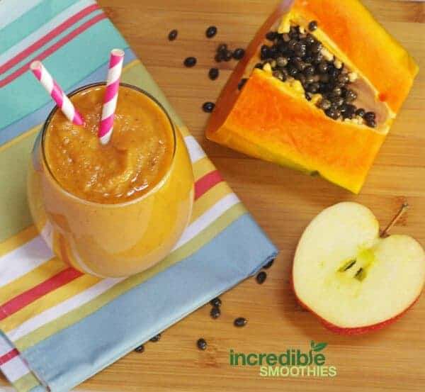 Apple-Ginger Smoothie with Papaya