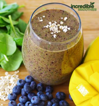 Mango-Blueberry & Banana Green Smoothie Recipe with Oats