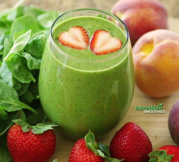 Strawberry Peach Green Smoothie Recipe