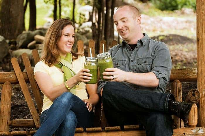 Davy & Tracy love green smoothies!